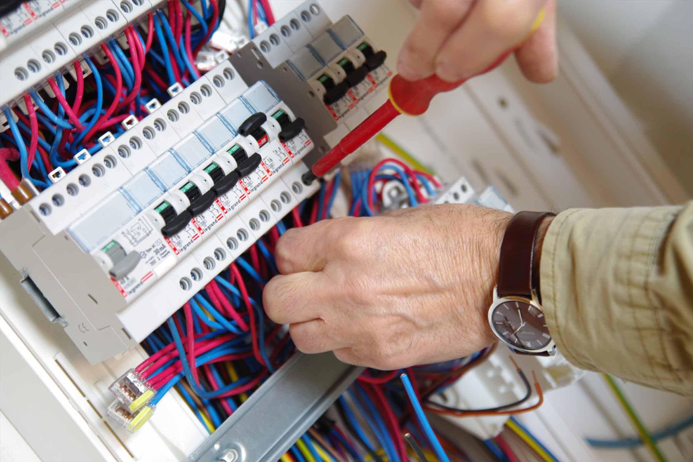Riparazione Elettricista Milano